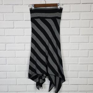 NWT Forever 21 Black Gray Asymmetrical Maxi Skirt
